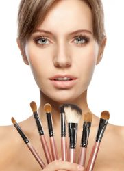 Кисточки для профессионального макияжа