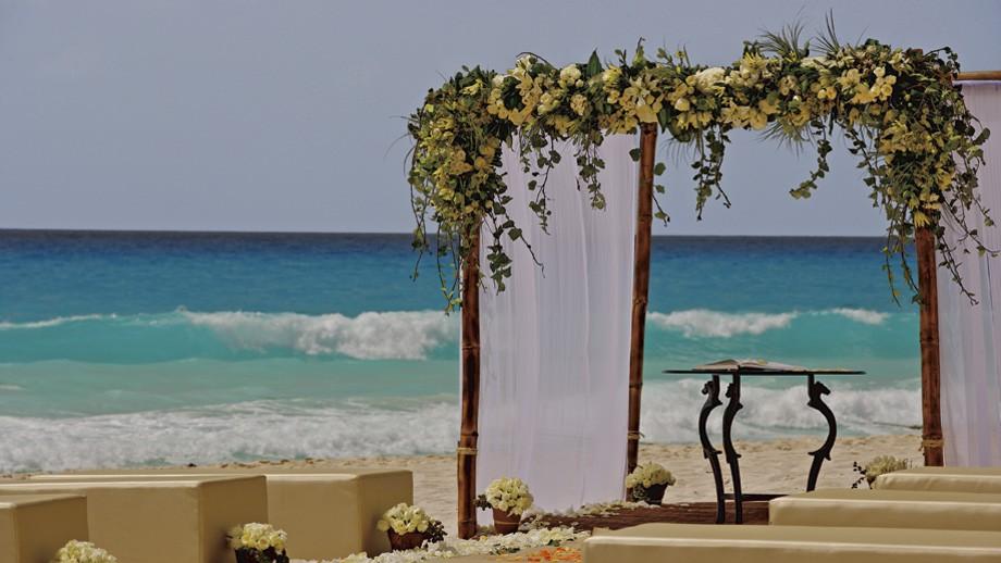 пляжная свадебная церемония