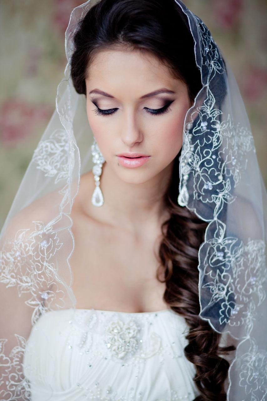 Свадебная причёска с фатой
