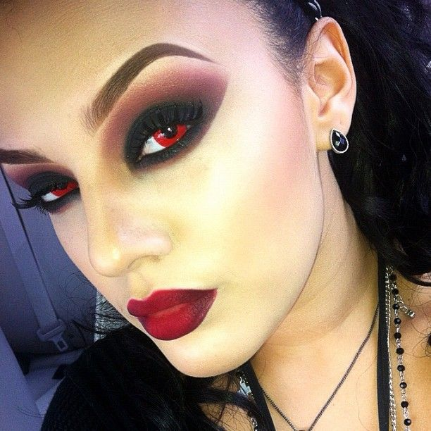 Фото вампирского макияжа